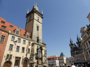 Place de la Vieille-Ville et horloge astronomique